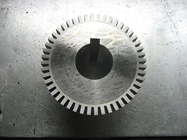 1 INCH KEYWAY CUT BY COLUMBIA MACHINE (GEAR WAS NOT MADE BY COLUMBIA MACHINE).JPG