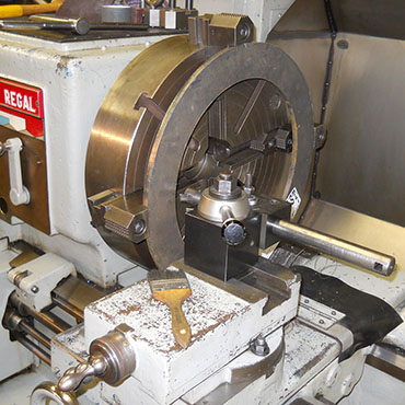 Columbia Machine Company Zanesville Ohio Ring Boring Setup.jpg