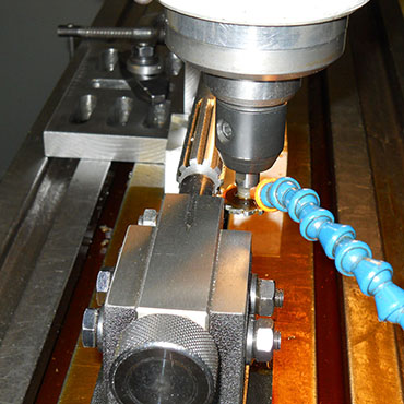 Columbia Machine Company Zanesville Ohio Spline Shaft Cutting.jpg