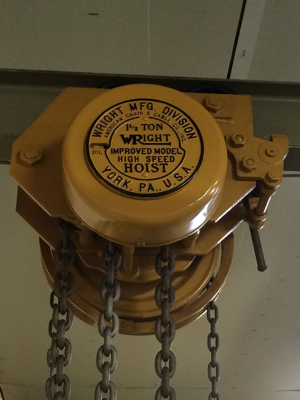 Wright 1 1/2 Ton Reconditioned Chain-Hoist